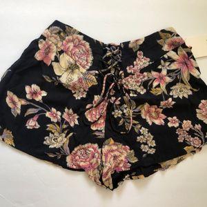 NWT Billabong Floral Shorts